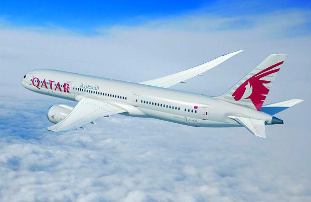 ve-may-bay-Qatar-Airways-1-18-4-2017