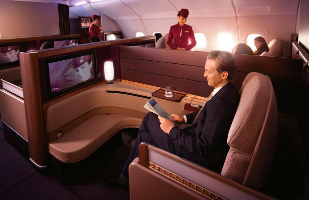 ve-may-bay-Qatar-Airways-3-18-4-2017
